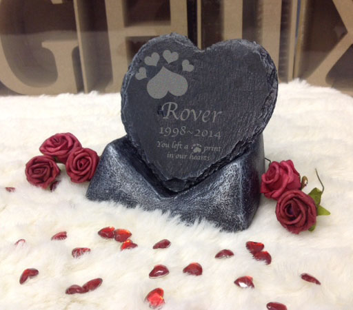 pet memorial heart on stand