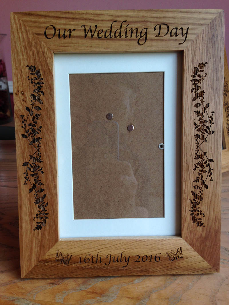 engraved oak photo frame 09