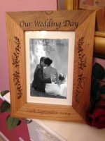 engraved-oak-photo-frame