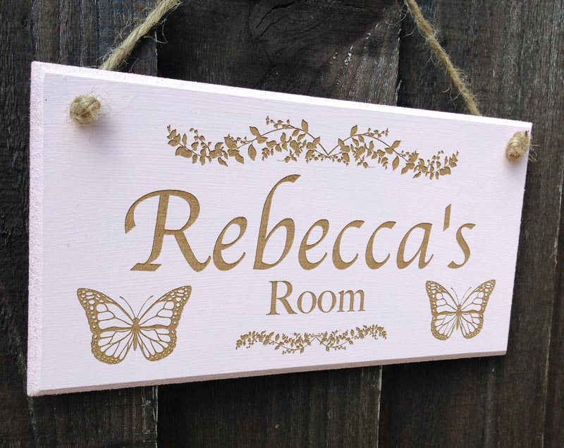 personalised bedroom door sign in pink 3