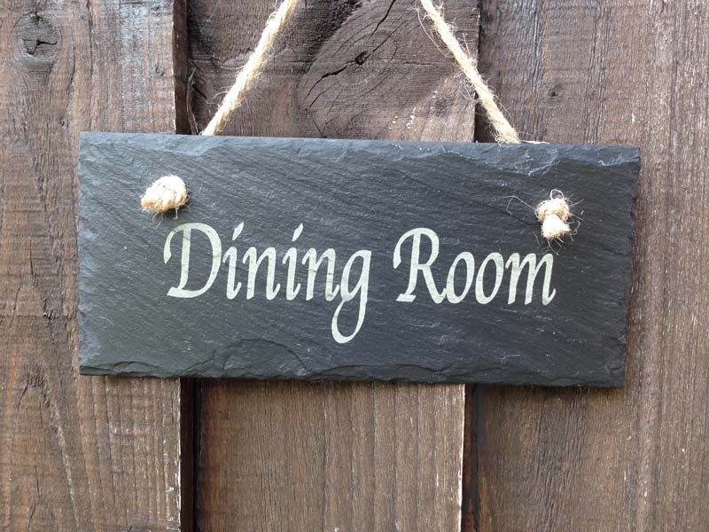 restaurant-door-sign
