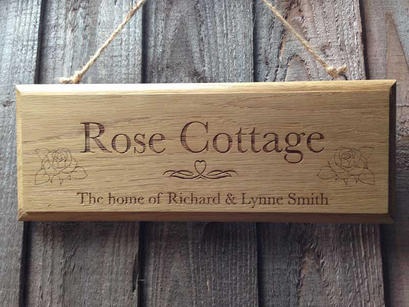 solid-oak-personalised-signs-01