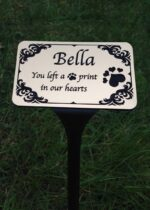 pet memorials plaques in gold on stake 12