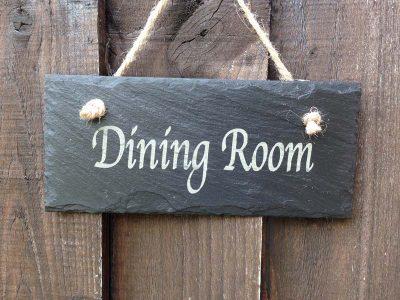 restaurant-door-sign