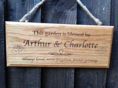 oak-memorial-garden-sign